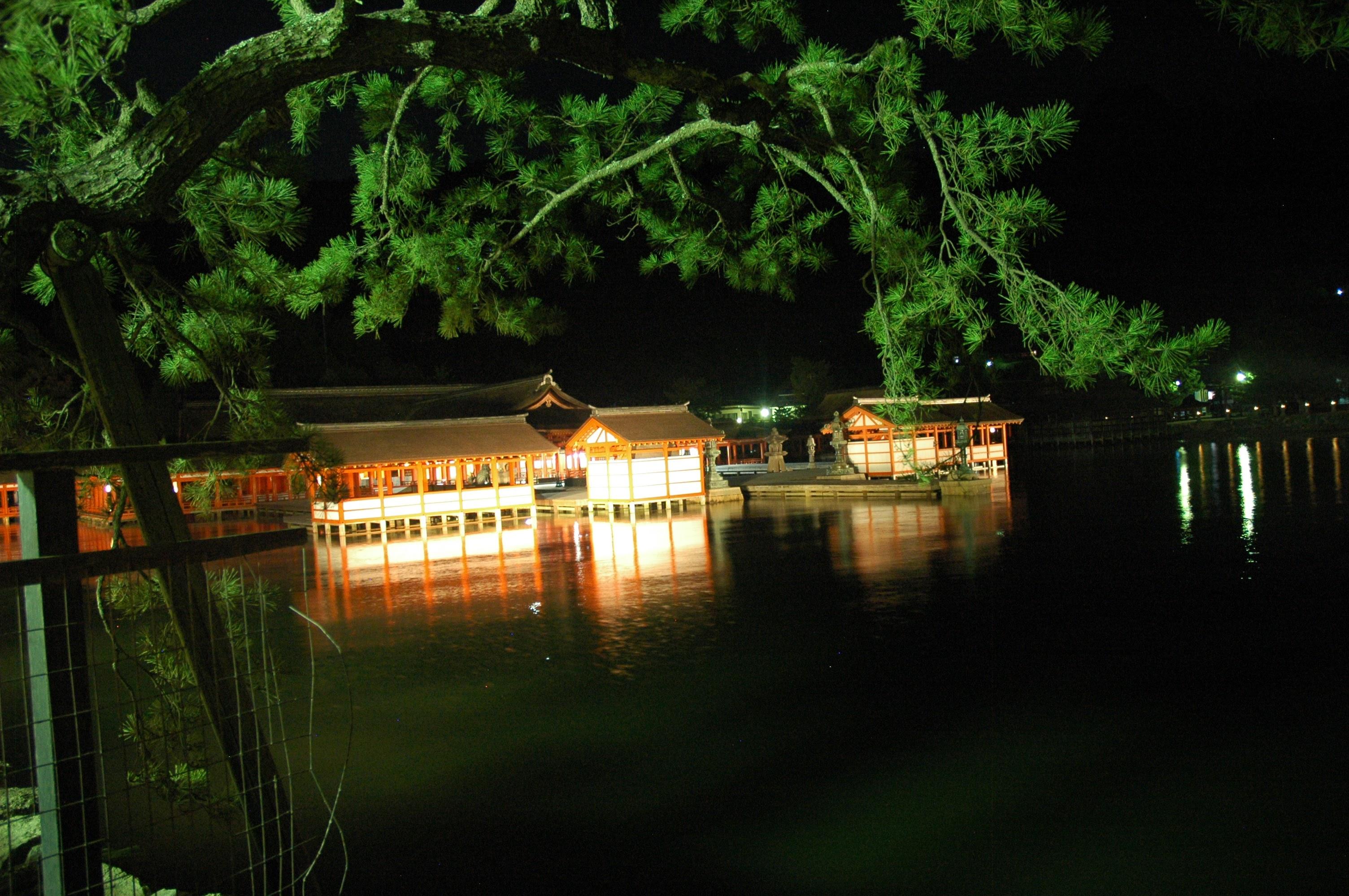 Miyajima shrine at night