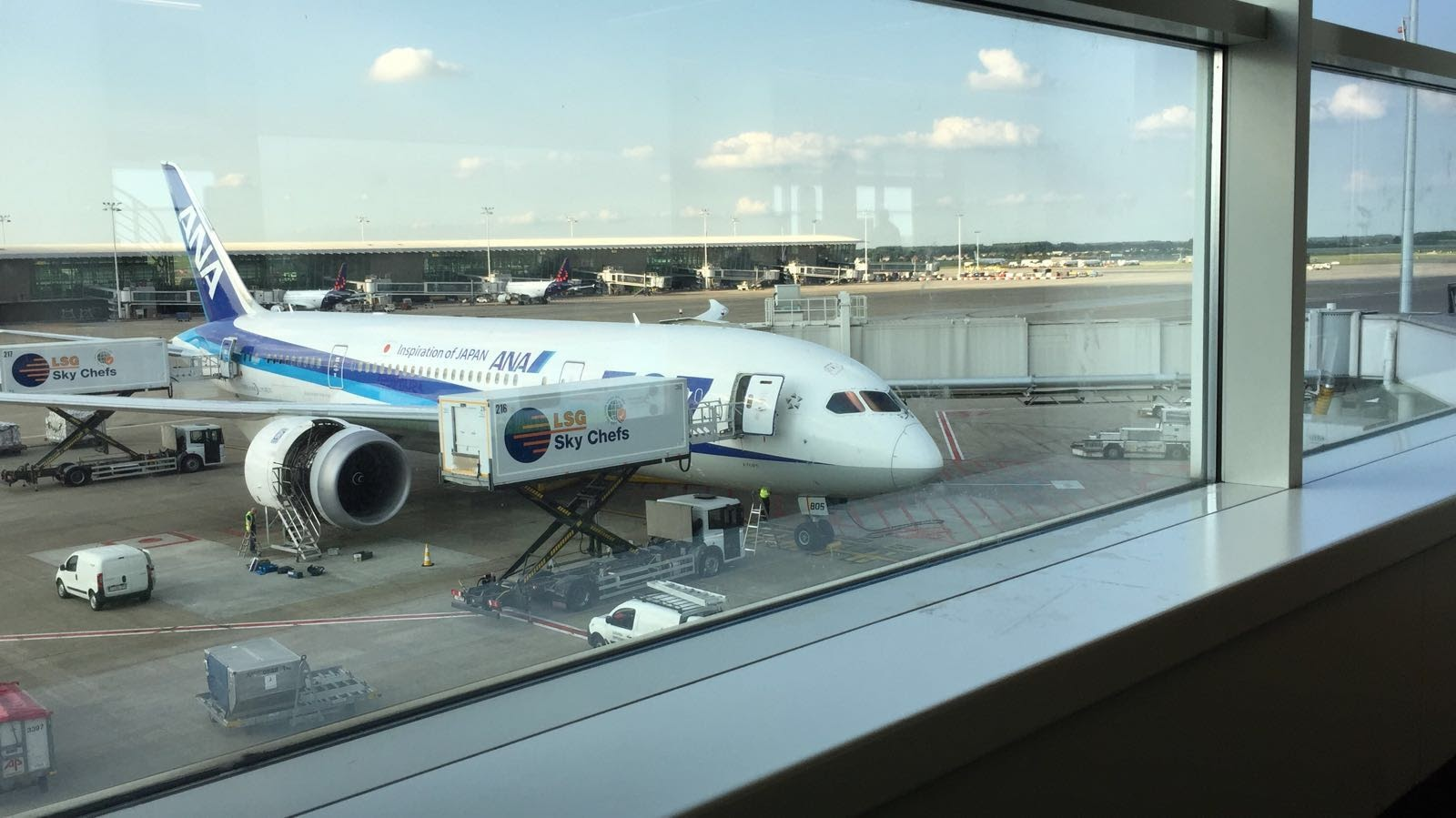 ANA's plane ready for departure
